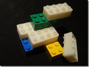 Parametrized Lego Bricks on thingiverse.com by Wizard23 (2009)